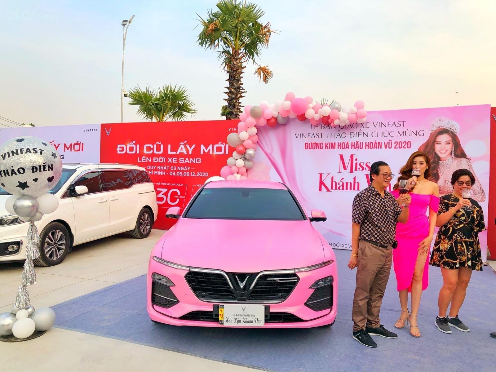 Bán VinFast LUX A2.0 2021, màu hồng, giá chỉ 928 triệu