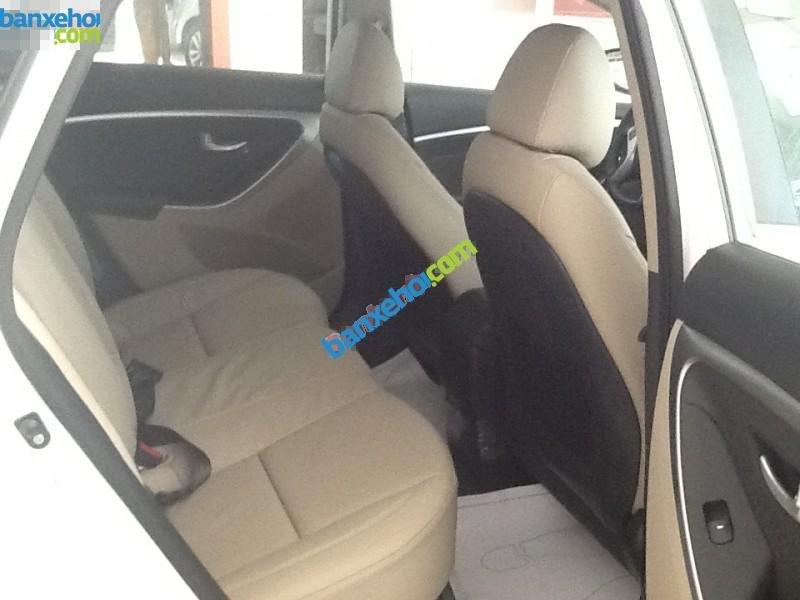 Xe Hyundai i30  2014-5