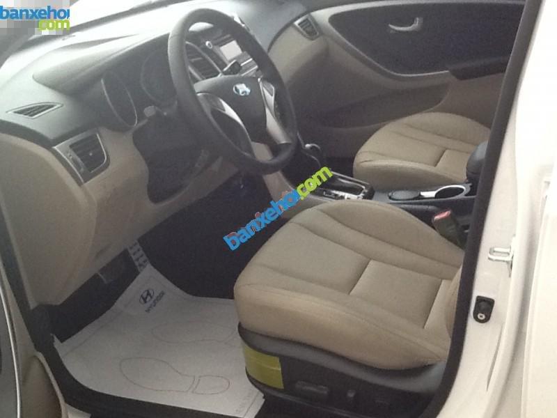 Xe Hyundai i30  2014-4