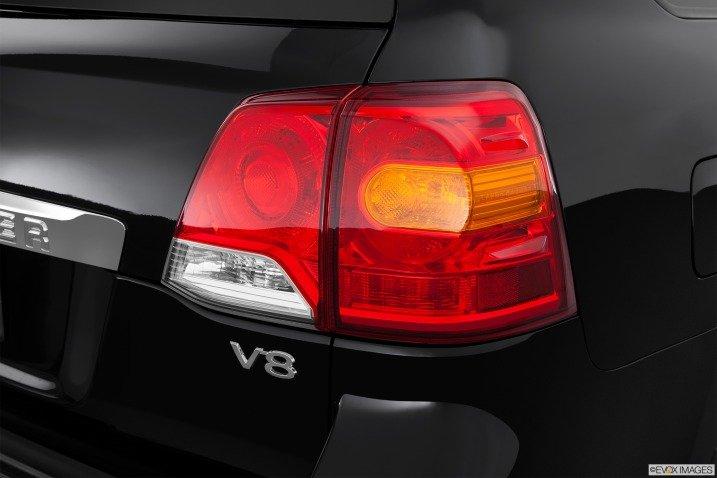 Đánh giá xe  Toyota Lan8d Cruiser 2014 672
