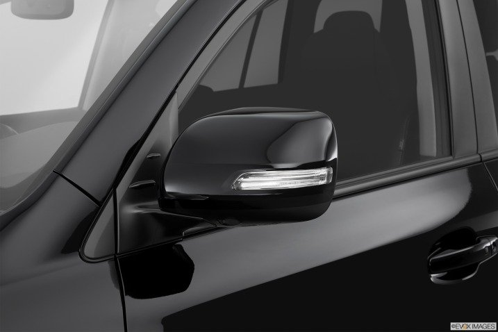 Đánh giá xe  Toyota Land Cruiser 2014 67