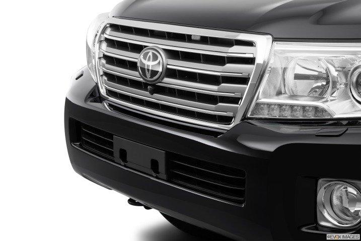 đánh giá xe Toyota Land Cruiser 2014 34