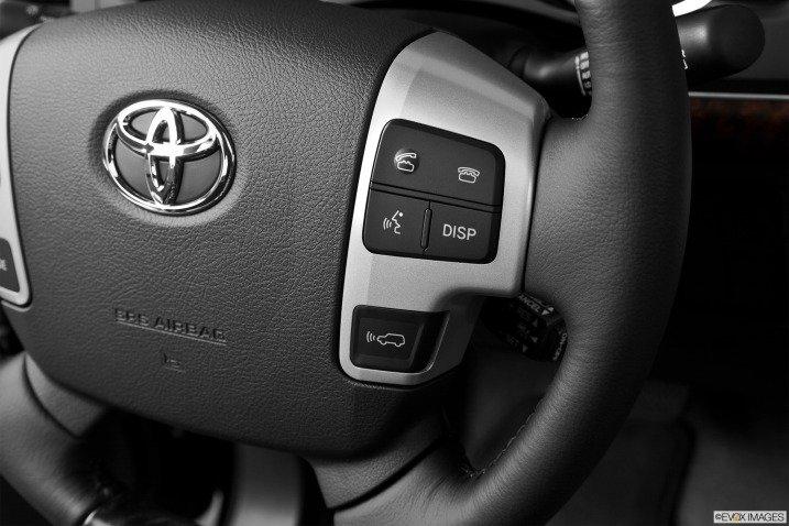 đánh giá xe Toyota Land Cruiser 2014 7611
