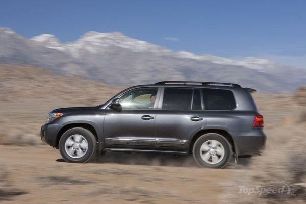 Đánh giá Toyota Land Cruiser 2014: Khả năng off-road đáng nể 1