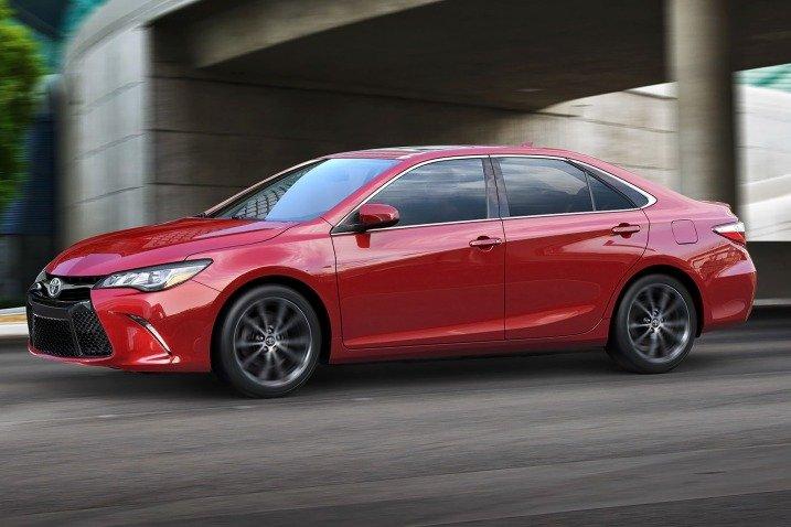đánh giá xe Toyota Camry 2015 4