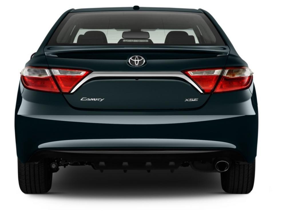 đánh giá xe Toyota Camry 2015 51