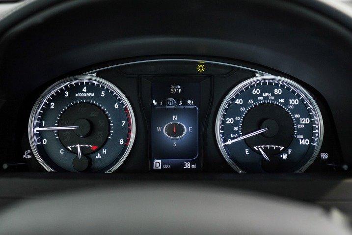 Đánh giá xe Toyota Camry 2015 5558912322
