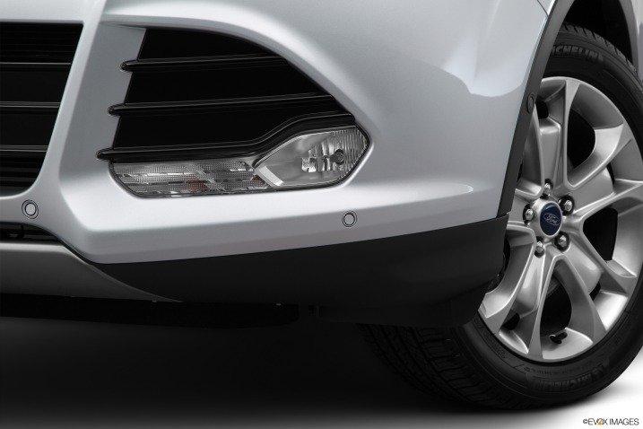 Thiết kế đèn sương mù Ford Escape 2015 1