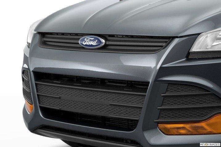 Thiết kế lưới tản nhiệt Ford Escape 2015 1