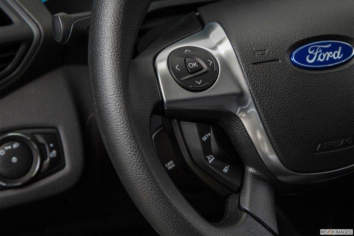 Đánh giá xe Ford Escape 2015 78