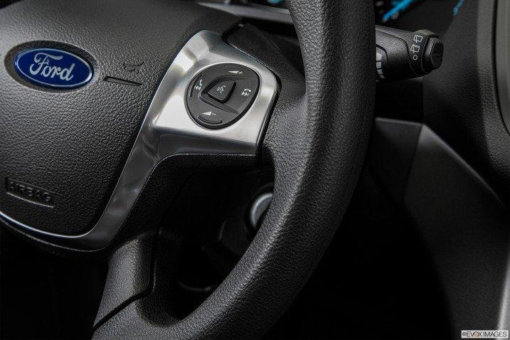 Đánh giá xe Ford Escape 2015 489