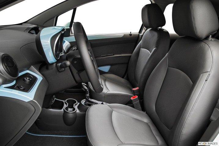 Đánh giá xe Chevrolet Spark EV Hatchback 2015 31