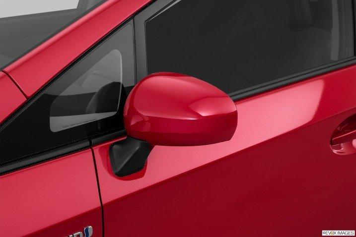 Đánh giá xe Toyota Prius 2015 56