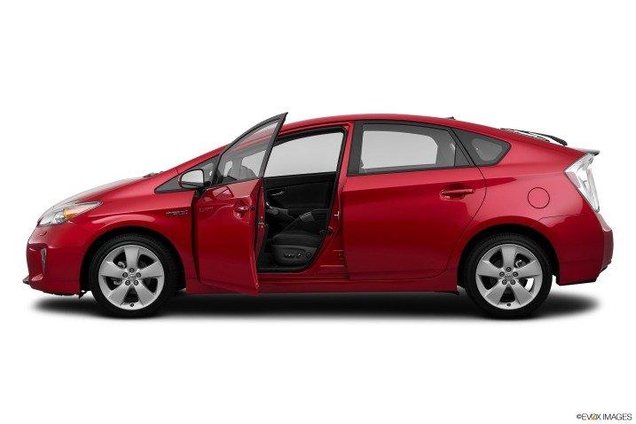 Đánh giá xe Toyota Prius 2015 19211