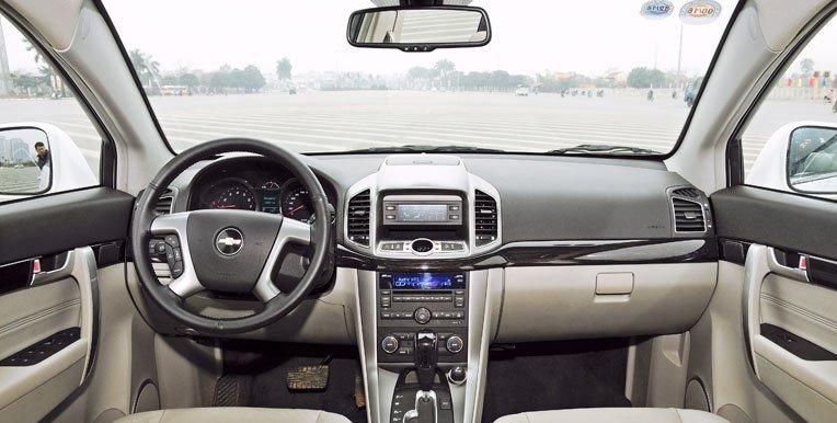 Nội thất của Chevrolet Captiva 2013 được đánh giá là lạc hậu và kém chất lượng 1