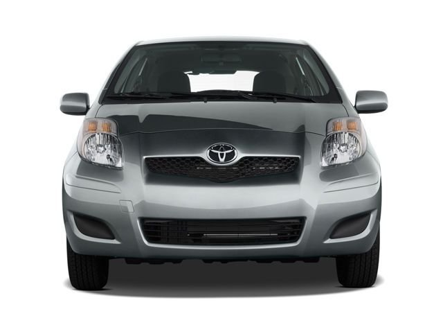 Toyota Yaris 2010 1