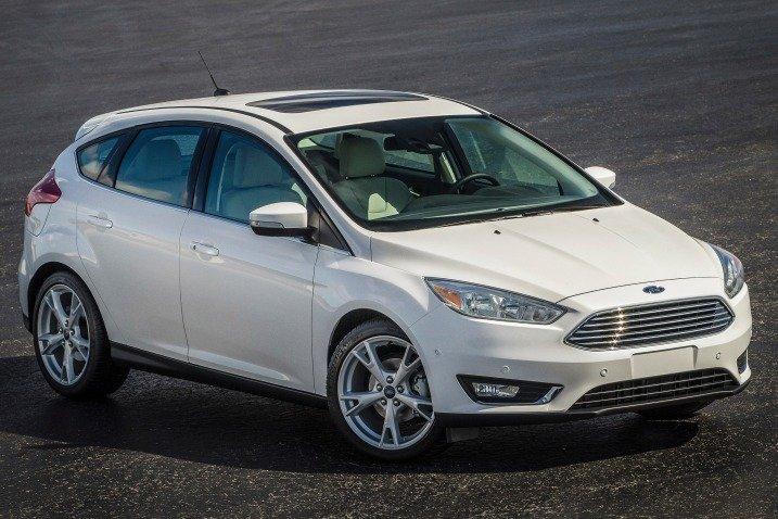 Đầu xe Ford Focus 2015 có nhiều đổi mới
