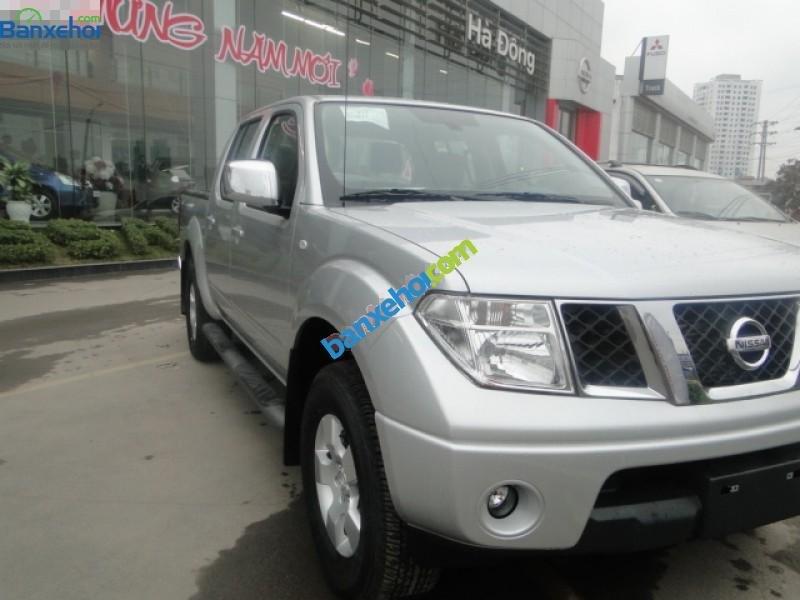 Xe Nissan Navara 2.5LE 2014-1