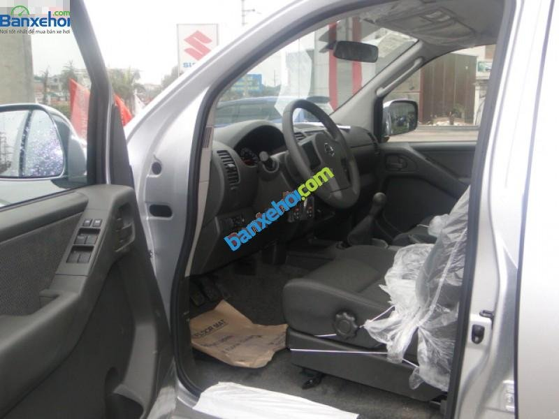 Xe Nissan Navara 2.5LE 2014-7