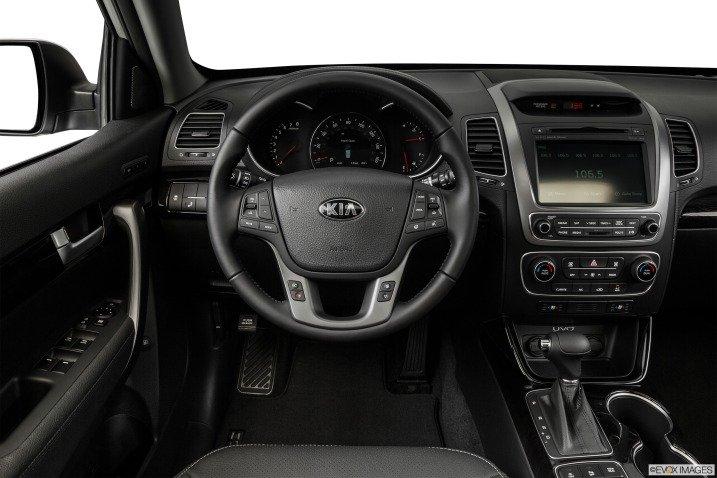 Vô-lăng xe Kia Sorento 2015 1