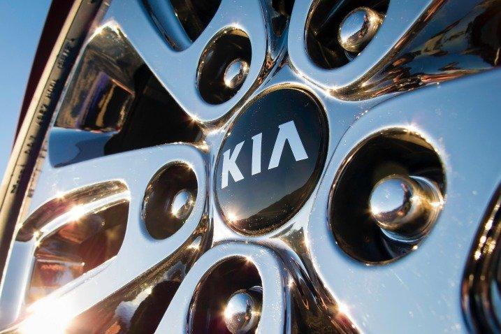 La-zăng xe Kia Sorento 2015 1