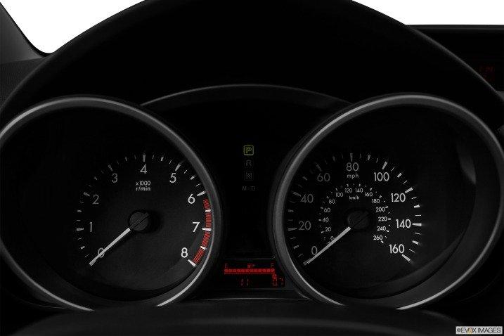 MAZDA5 MINIVAN 2014 sử dụng bảng đồng hồ lái dạng ống 1