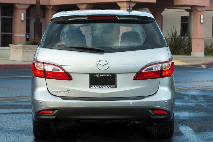 Đuôi xe Mazda5 2014 a
