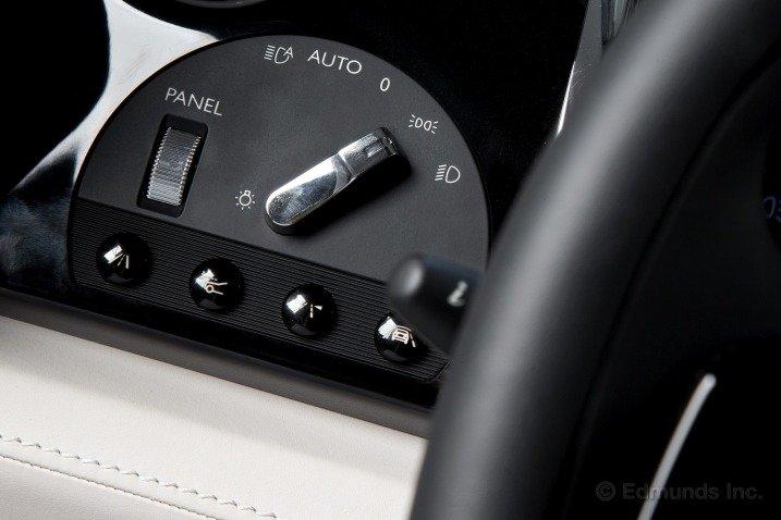 Bảng tablo của Rolls-Royce Wraith Coupe 2014 1