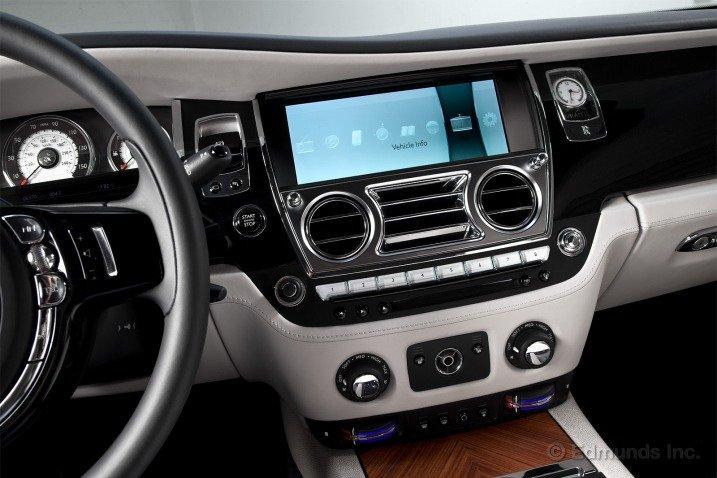 Các trang bị tiện nghi trên Rolls-Royce Wraith Coupe 2014 1
