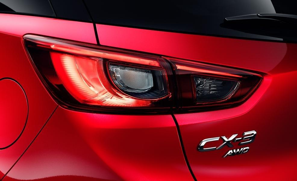 Đèn hậu của Mazda CX-3 2016 a