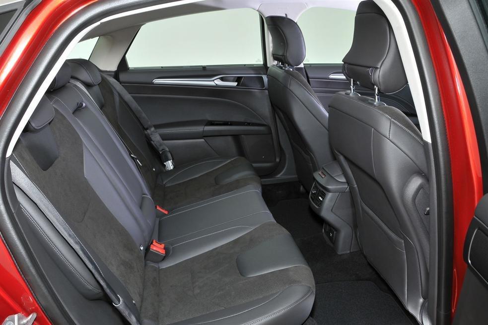 Ghế xe Ford Mondeo 2015 2