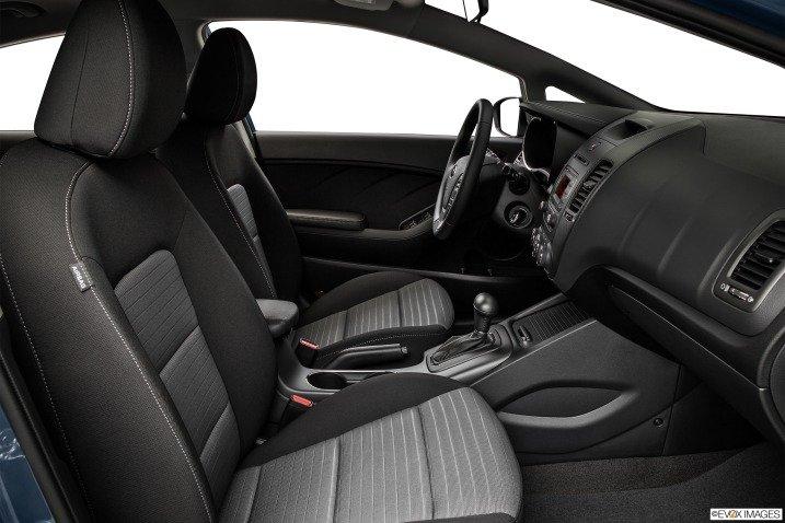 Ghế ngồi Kia Cerato 2015 1