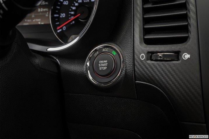 Trang bị tiện nghi Kia Cerato 2015 5
