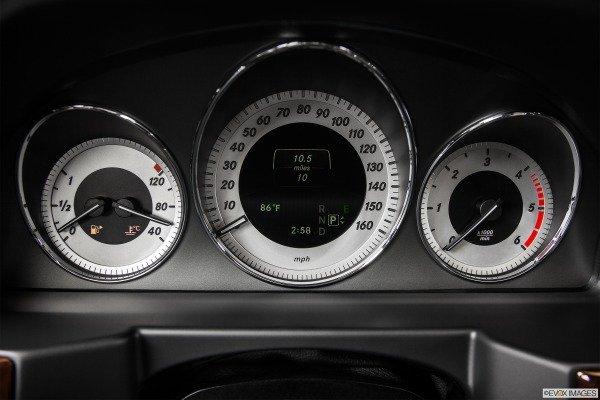 Bảng đồng hồ Mercedes-Benz GLK-Class 2014 1