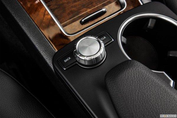 Trang bị tiện nghi Mercedes-Benz GLK-Class 2014 6