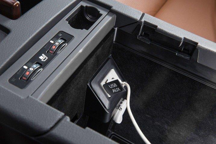 Trang bị tiện nghi Lexus RX 350 2015 3