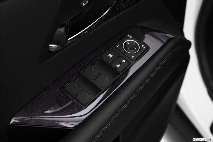 Trang bị tiện nghi Lexus RX 350 2015 6