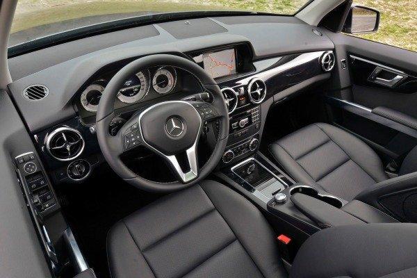 Mercedes-Benz GLK-Class 2014 sở hữu nhiều trang bị tùy chọn phong phú 1