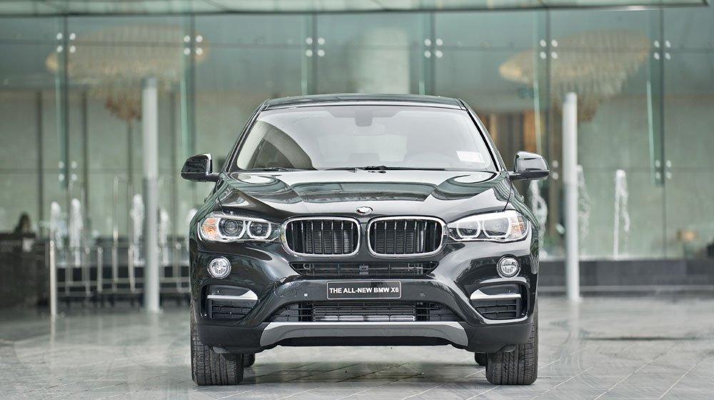 Đầu xe BMW X6 2015 được thiết kế đậm chất khí động học 1