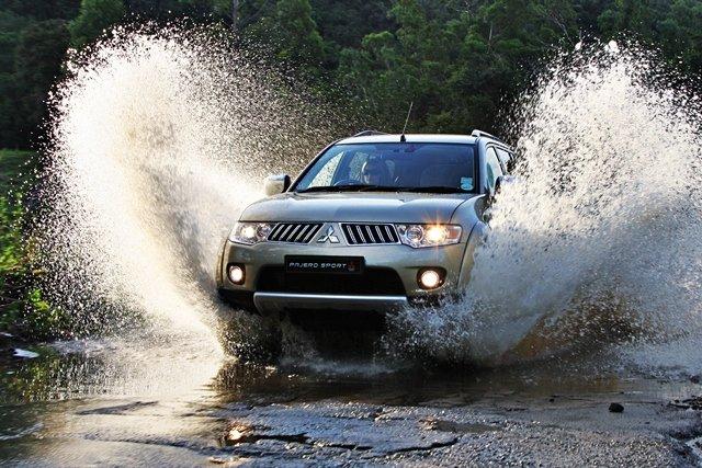 Mitsubishi Pajero Sport Ultimate trẻ trung và có khả năng vận hành ấn tượng 11