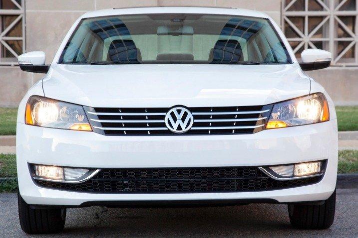 Đầu xe Volkswagen Passat Sedan 2015 a