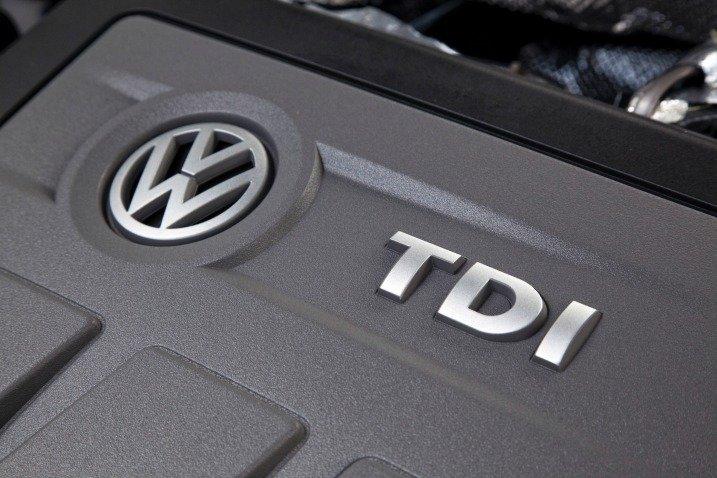 Volkswagen Passat Sedan 2015 sử dụng động cơ Diesel 1