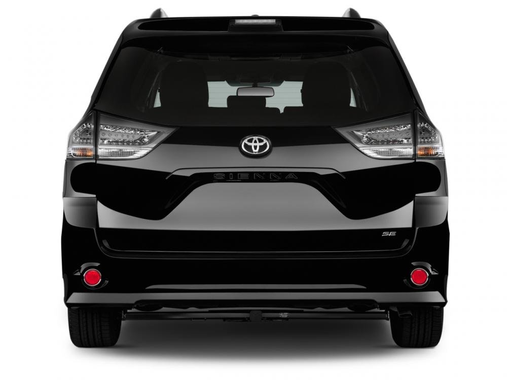 Đánh giá đuôi xe Toyota Sienna 2015