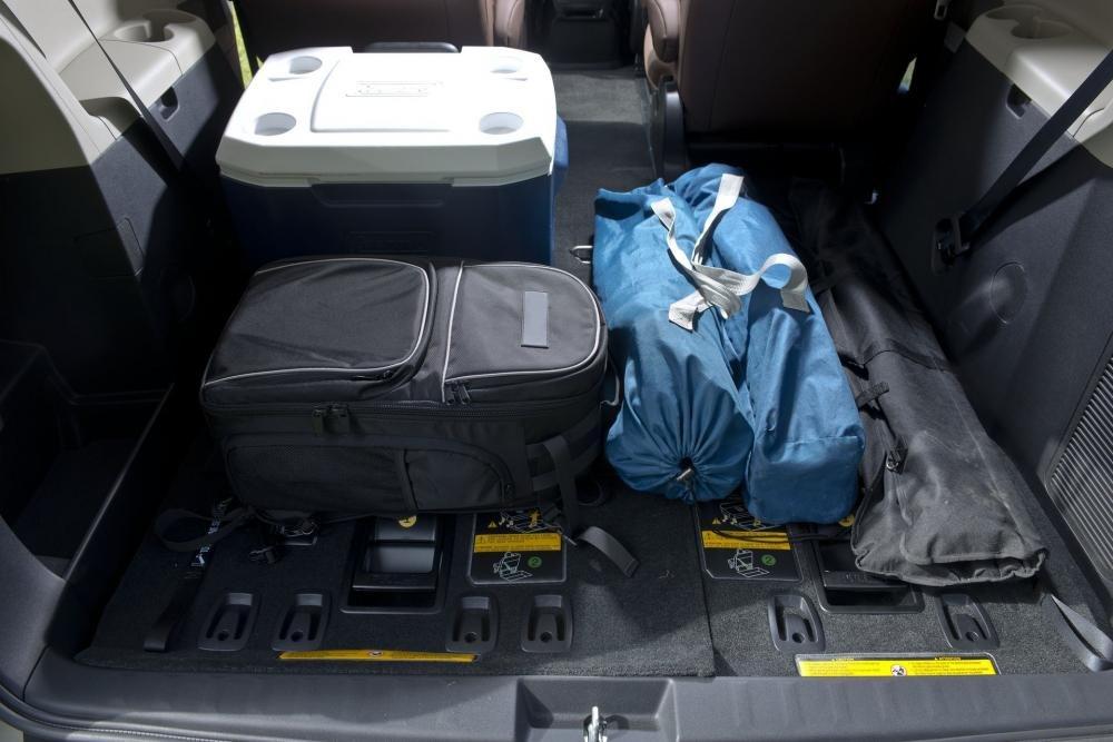 tiện nghi xe Toyota Sienna 2015