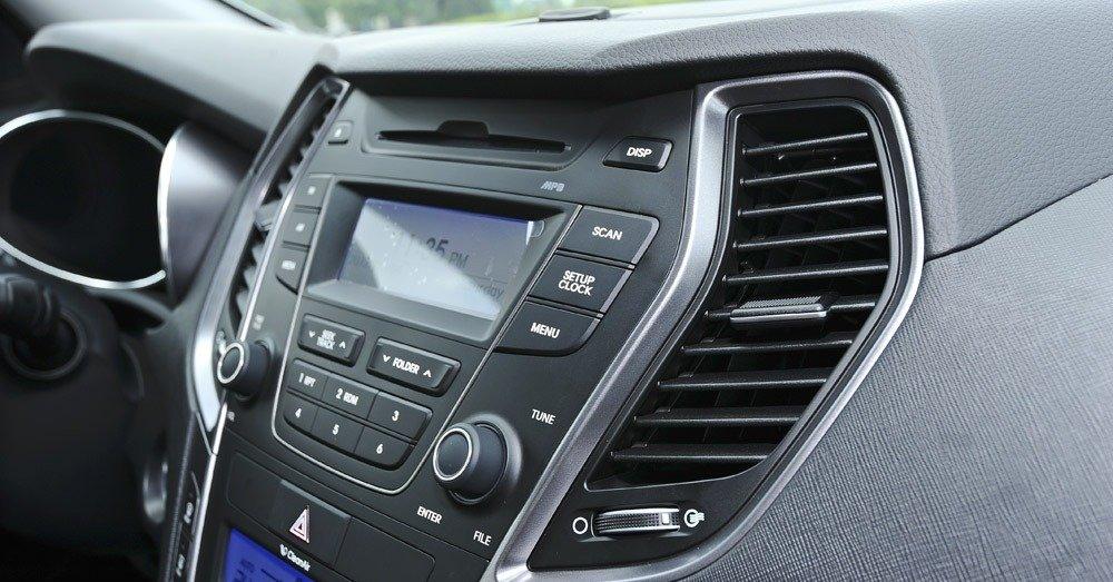 Đánh giá tiện nghi xe Hyundai Santa Fe 2014