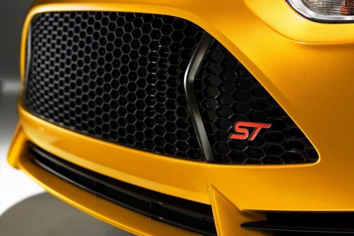 Đánh giá đầu xe Ford Focus ST 2014