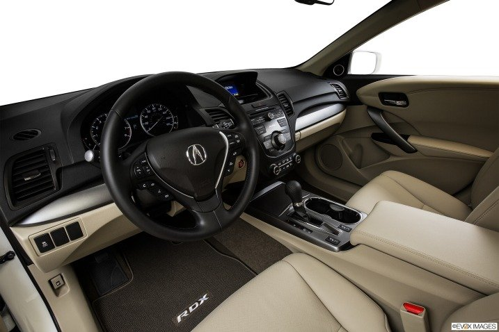 Đánh giá nội thất Acura RDX 2015