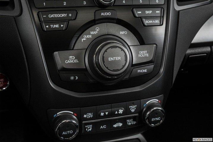 Đánh giá tiện nghi Acura RDX 2015