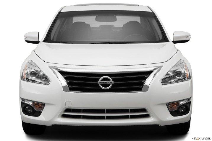 Đánh giá đầu xe Nissan Altima 2014