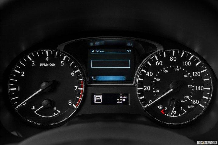 Đánh giá nội thất Nissan Altima 2014